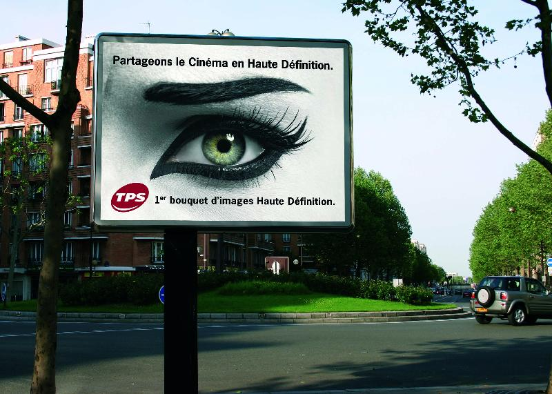 TPS communique droit dans les yeux