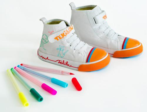 Tekilou crée une basket à colorier