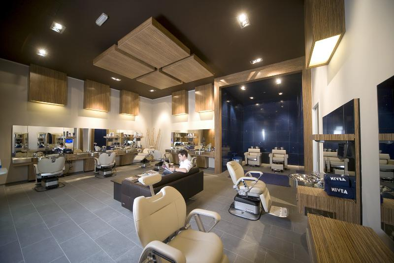 Beiersdorf ouvre deux nouvelles nivea haus duba et berlin for Salon de dubai