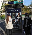 Agatha s'affiche avec JCDecaux