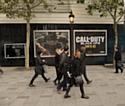 Affiche géante pour la sortie du jeu Call of Duty : Black OPS