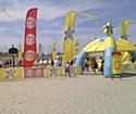 Lipton Ice Tea et Lay's en tournée des plages avec la Française des Jeux