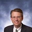 Tim Suther est vice-président et directeur marketing d'Acxiom dont il pilote la stratégie d'innovation (produits, services, marchés, partenariats et croissance externe).