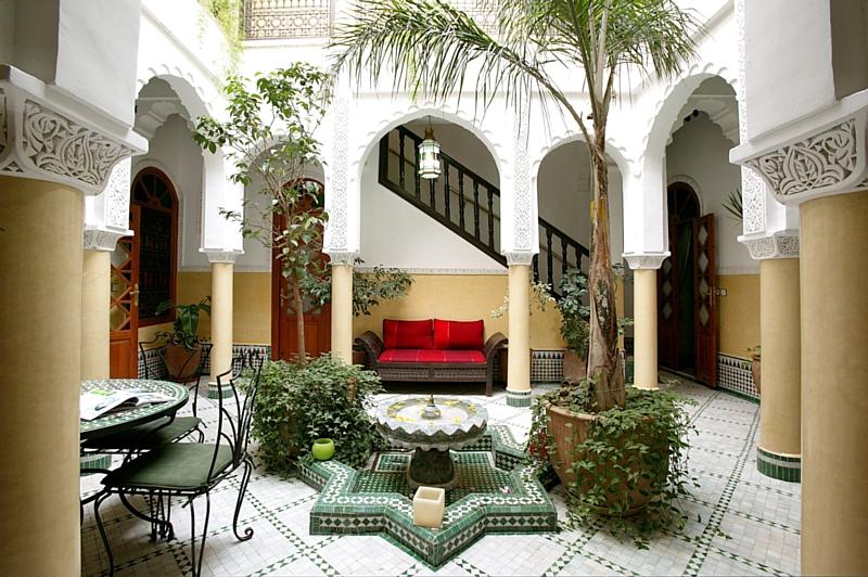 l 39 agence de voyages riads au maroc souffle ses 10 bougies. Black Bedroom Furniture Sets. Home Design Ideas