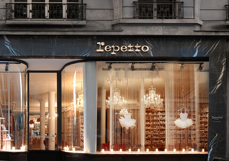 Top Repetto et la vitrine holographique ZN25