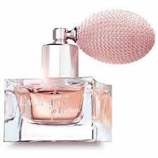 Yves Rocher 1re Marque De Parfums Féminins En France