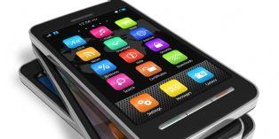Le smartphone, toujours le chouchou des cadeaux technologiques pour Noël 2013
