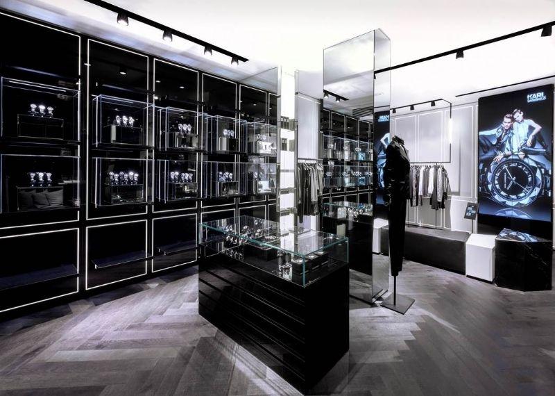 Karl Lagerfeld Ouvre Un Concept Store Connect 233 224 Paris