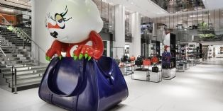 Le Printemps ouvre un petit magasin au Carrousel du Louvre