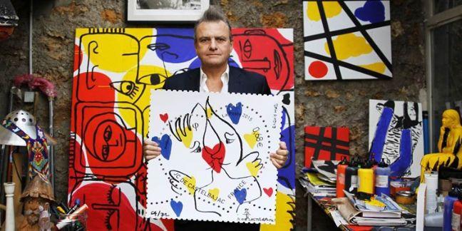 Le timbre coeur 'exquis mots' de Jean-Charles de Castelbajac