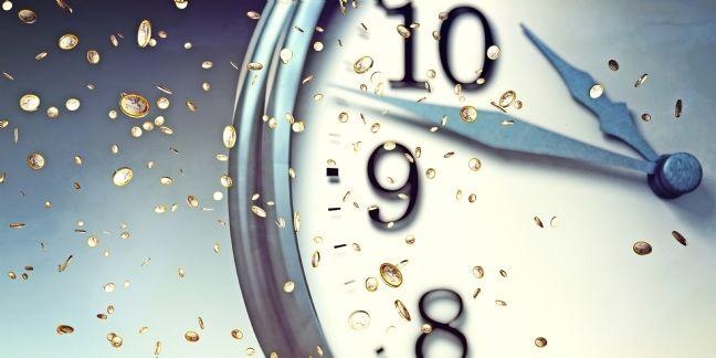 La consommation médias tiraillée entre temps courts et temps longs