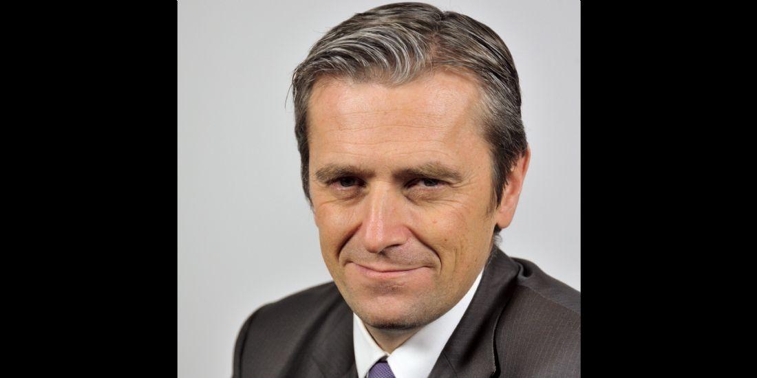 [#MarketingA20ans] Jean Prevost, Axa Banque: 'Les banquiers doivent devenir des champions du service'