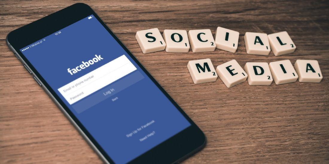 Facebook teste un fil d'actualité sans publication des marques
