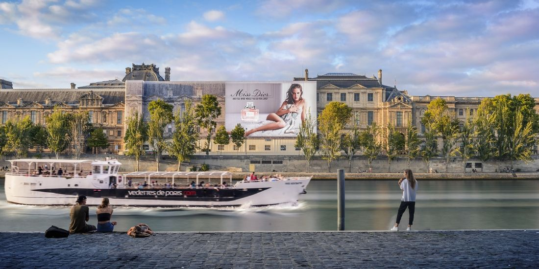 Christian Dior s'expose en grand au Louvre