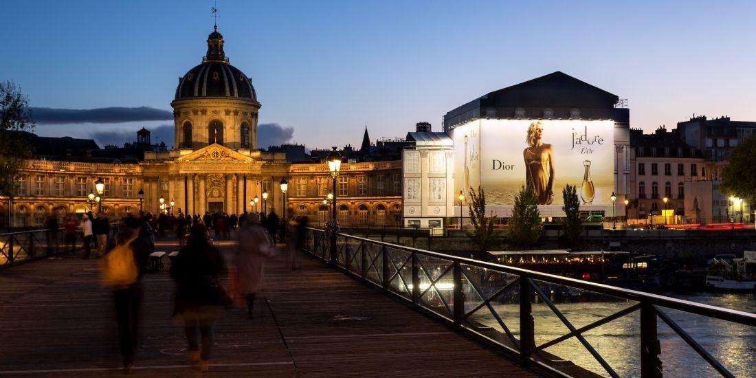 Affichage parisien, data, contextualisation... JCDecaux (re)part en conquête
