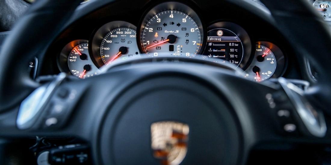 Porsche, marque de luxe la plus valorisée au monde