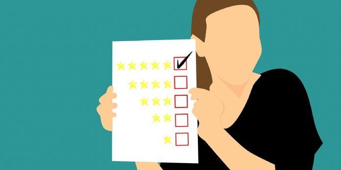 Peut-on (encore) se fier aux avis clients en ligne ?