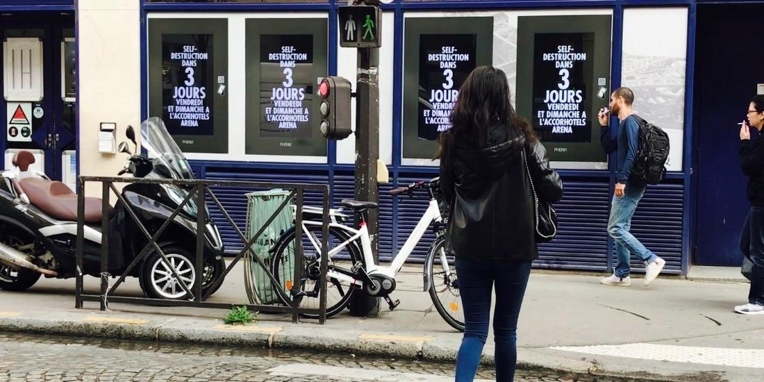 La verbalisation des écrans DOOH en vitrine à Paris est inconstitutionnelle pour le SNPE