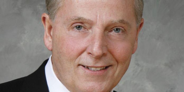 David B. Warfel, Vice-Président de Zippo