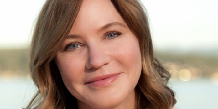 Julie Larson-Green, Chief Experience Officer de Qualtrics